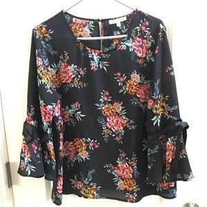 Lily Black Floral Bell Sleeved Blouse XL new